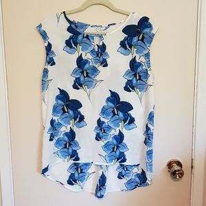 Alfred Sung blue floral sleeveless blouse
